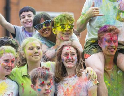 Blathwayt Charity Colour Run  (197)