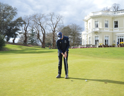 Golf gallery 7