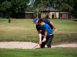 Golf gallery 13